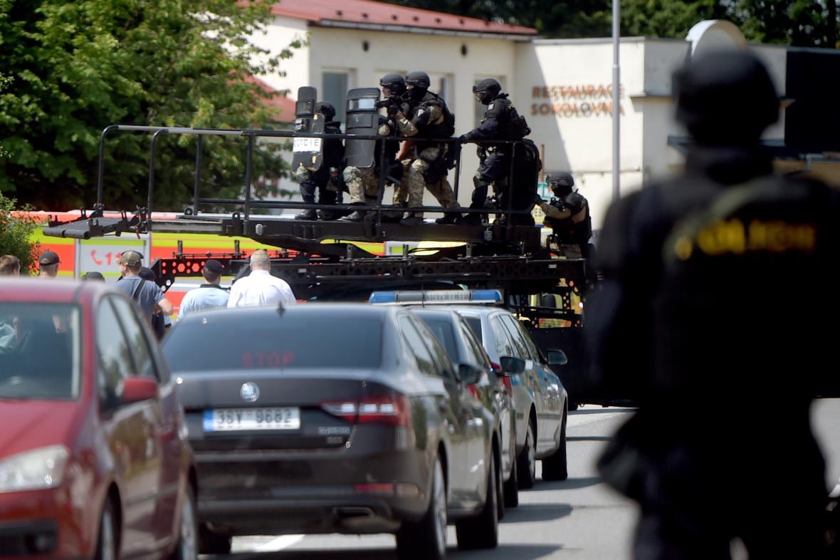 Policisté zasahovali ve Vřesinské ulici v ostravské části Poruba