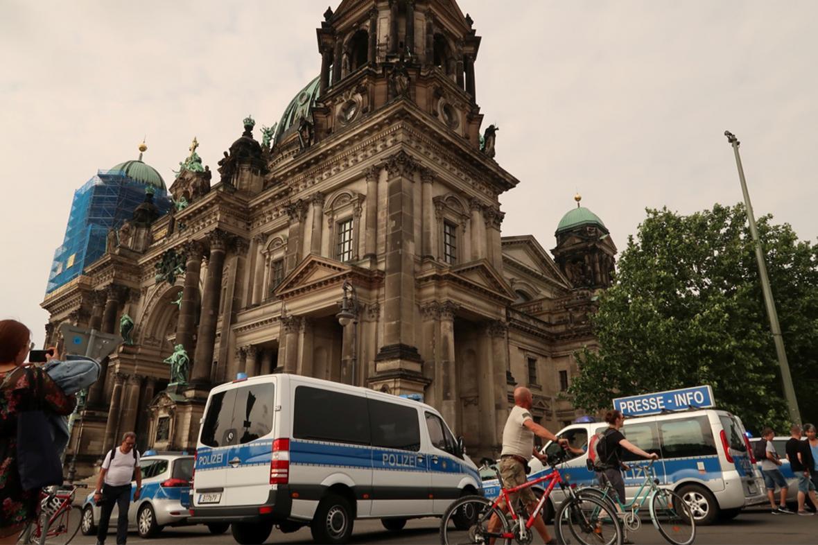 Berlínský dóm byl kvůli střelbě uzavřen