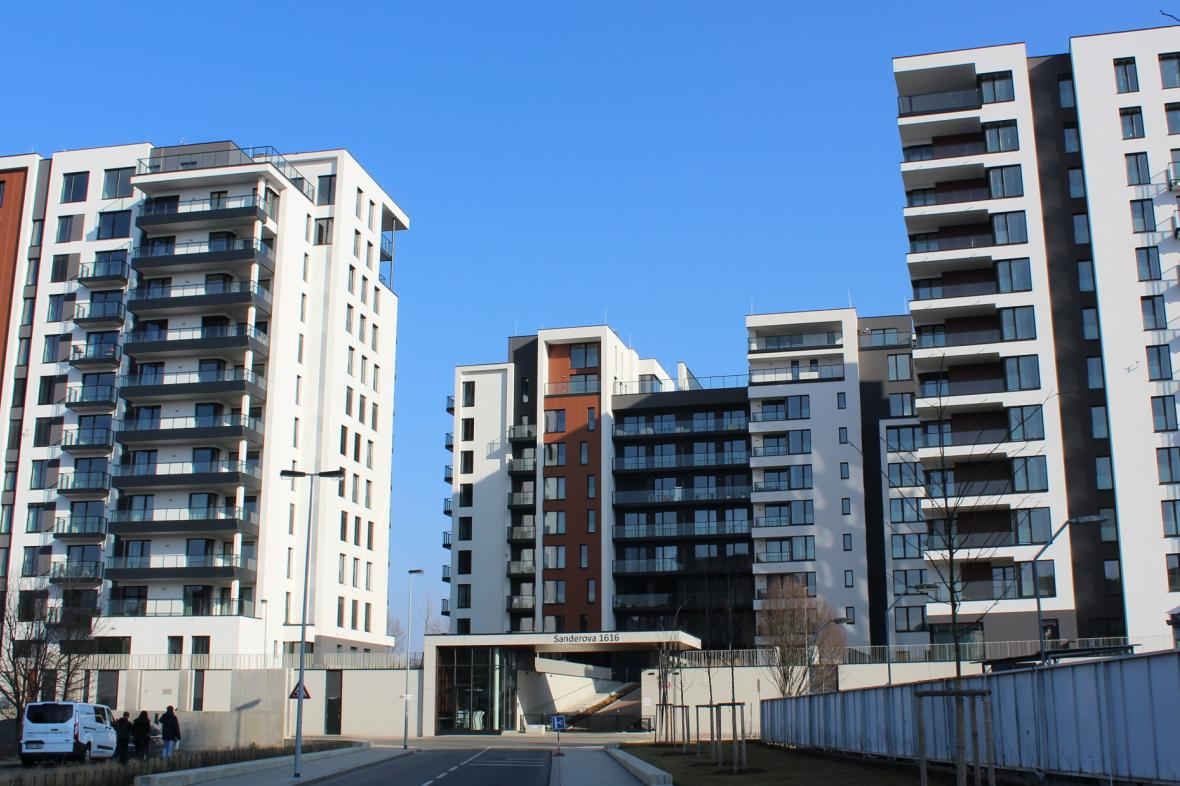 Nový komplex bytových domů u přístavu Holešovice v Praze
