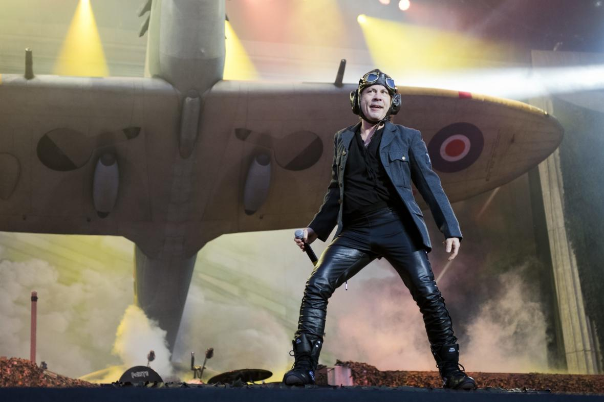 Iron Maiden na turné Legacy of the Beast