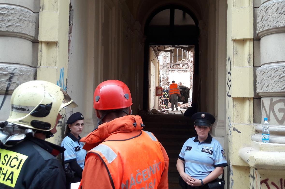Zásah v budově v Mikulandské ulici