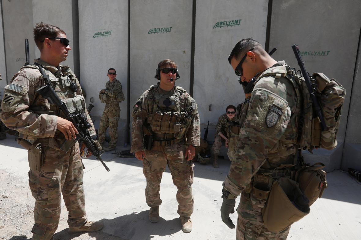 Američtí vojáci na základně v afghánském Lógaru