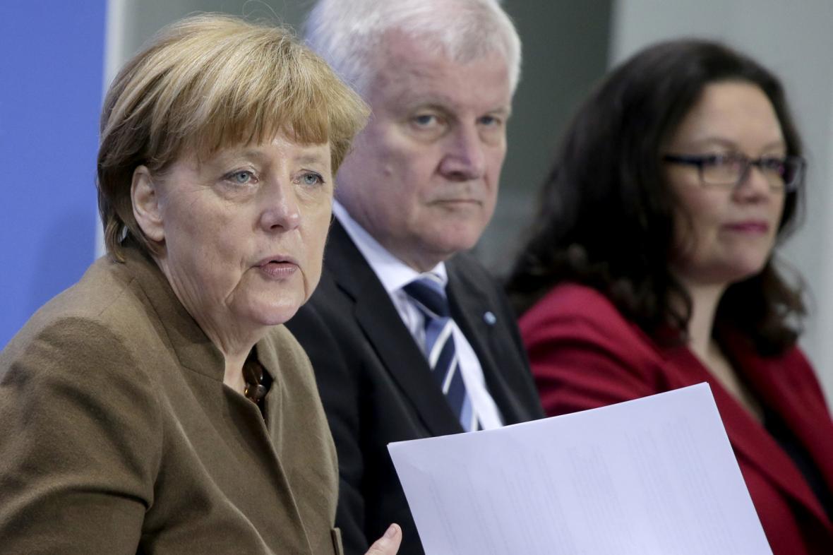 Angela Merkelová, Horst Seehofer a Andrea Nahles