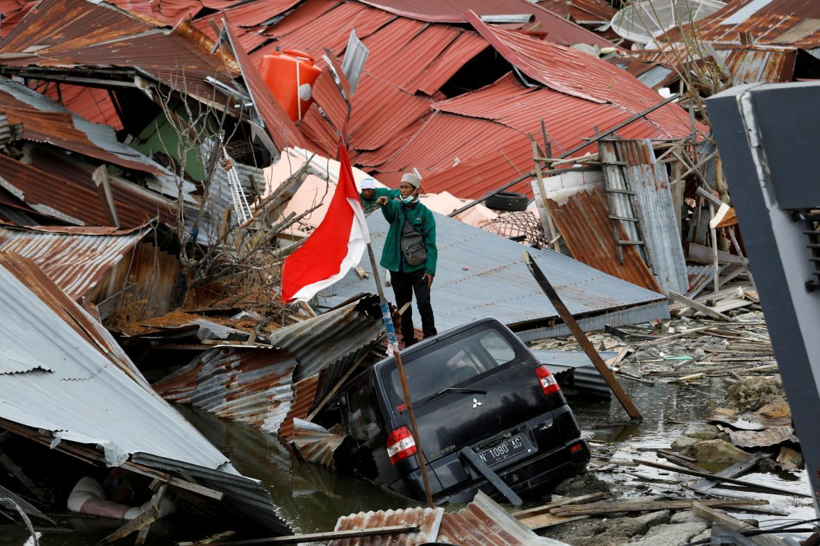 Následky zemětřesení na Jávě