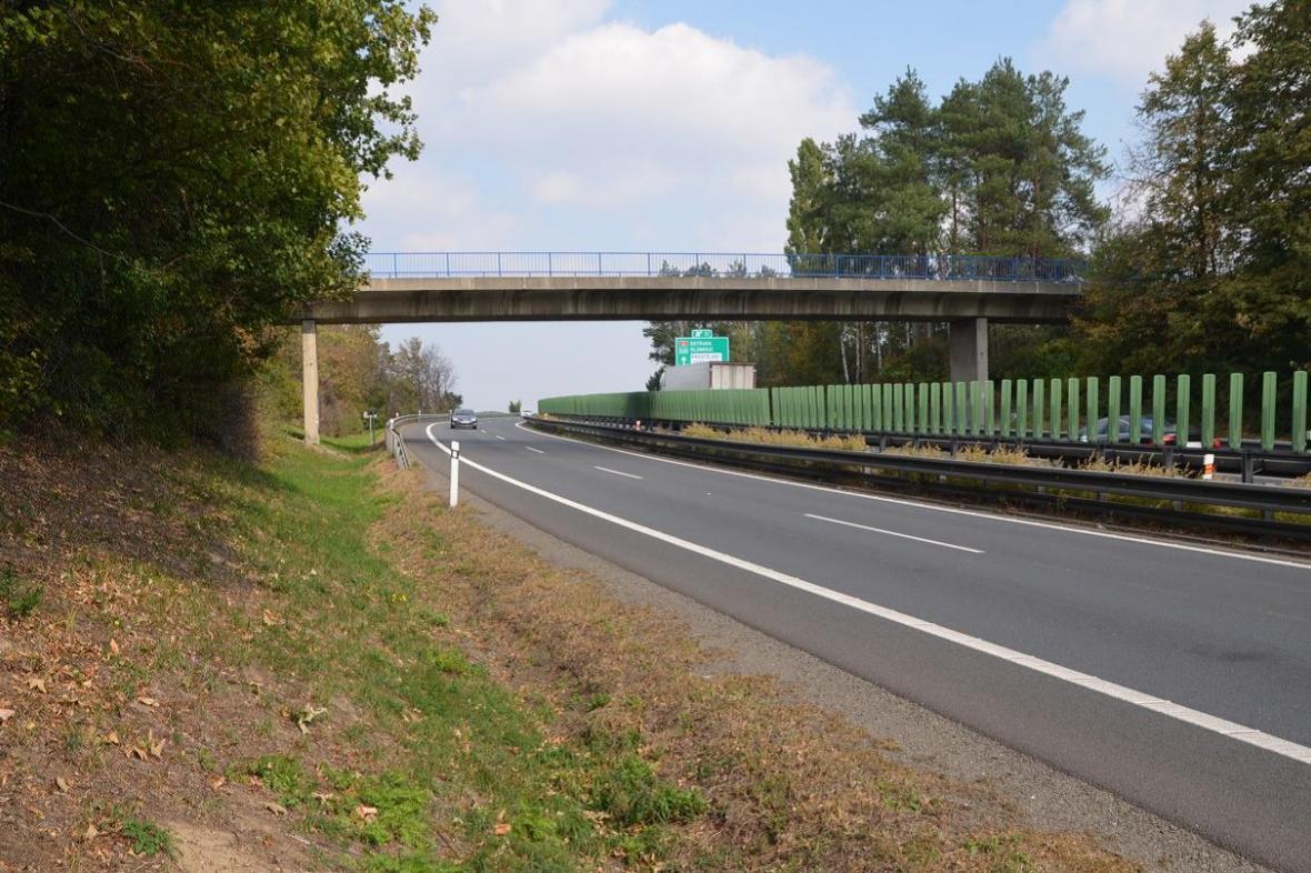Most před dálnici D46