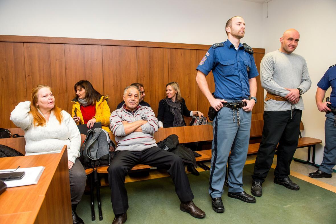 Obžalovaní v kauze pašování lidí
