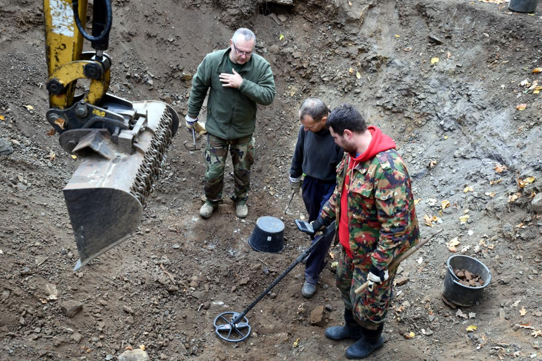Hledač kovů s detektorem