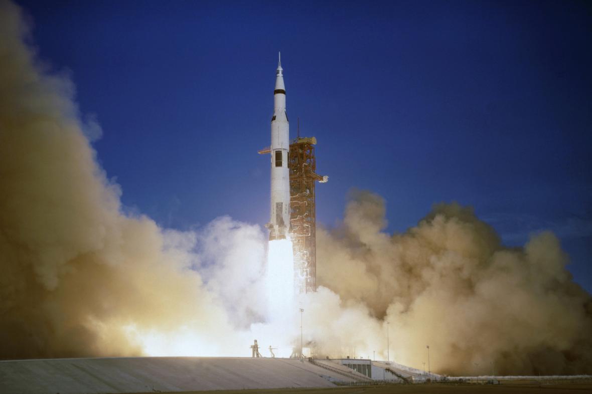 Start rakety Saturn V při misi Apollo 8