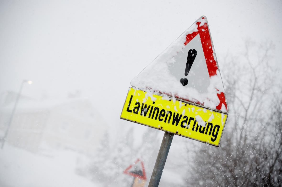 Varování před lavinami v Rakousku