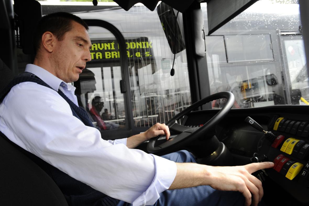 Řidič autobusu DPMB
