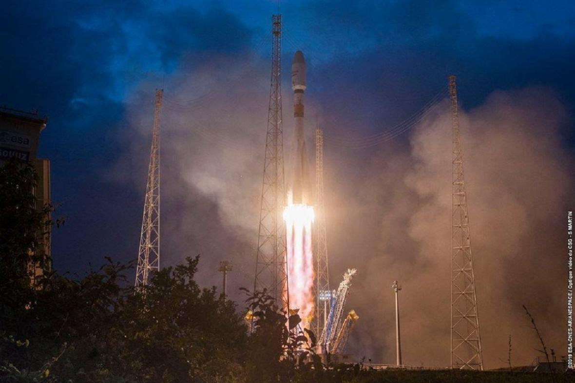 Start rakety Sojuz se satelity OneWeb