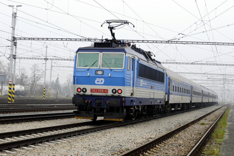Vlak na nádraží v Břeclavi