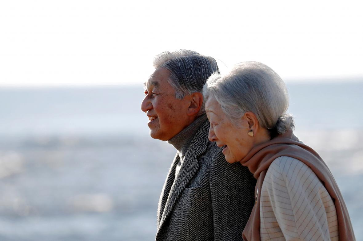 Císař Akihito s císařovnou Mičiko