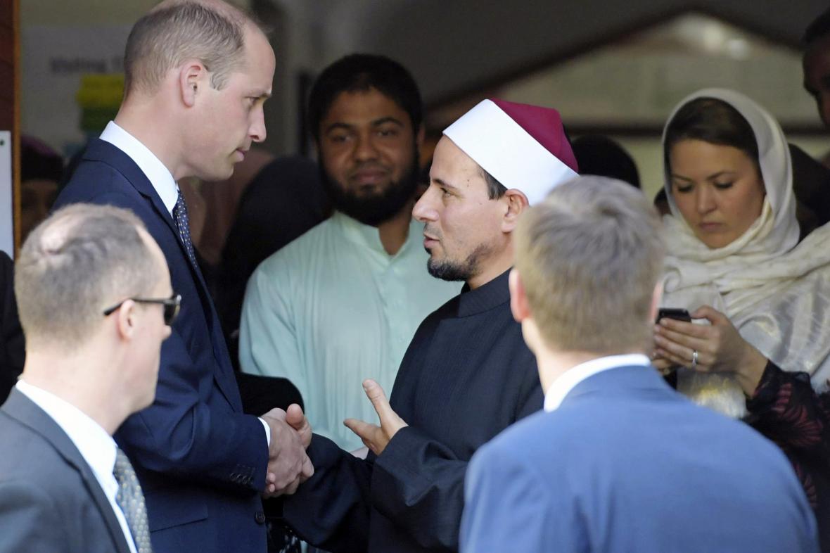 Princ William se setkal s přeživšími útoků v Christchurchi