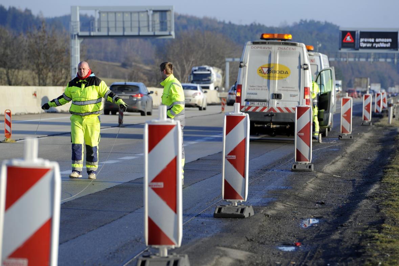 Značení dopravního omezení na D1