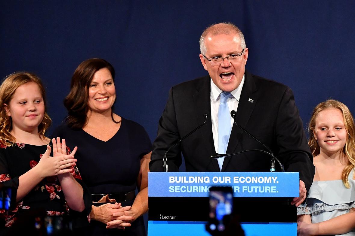 Australský premiér Scott Morrison se svou rodinou po vítězství v parlamentních volbách.