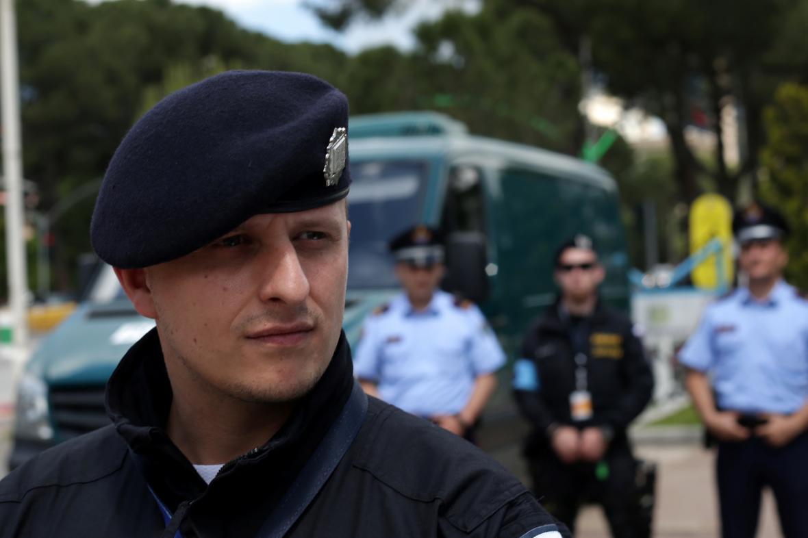 Čeští policisté Frontexu v Albánii