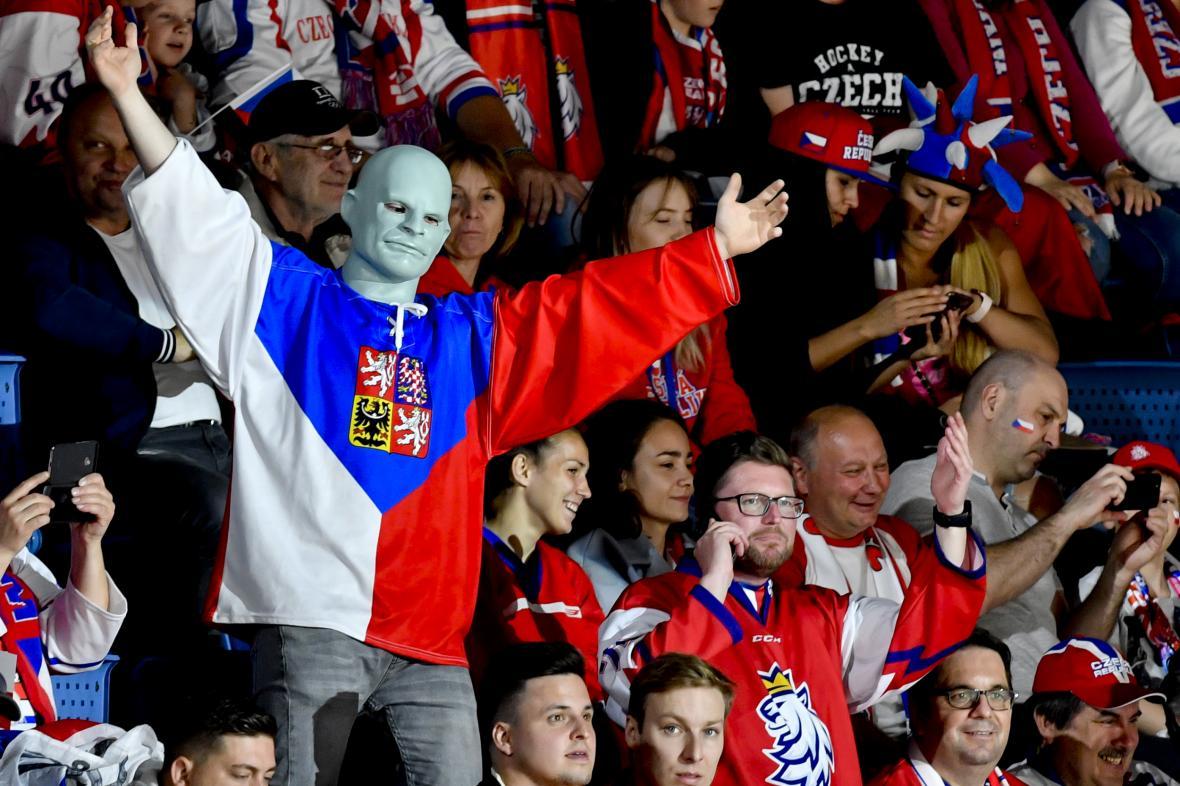 Fanoušci na hokejovém šampionátu