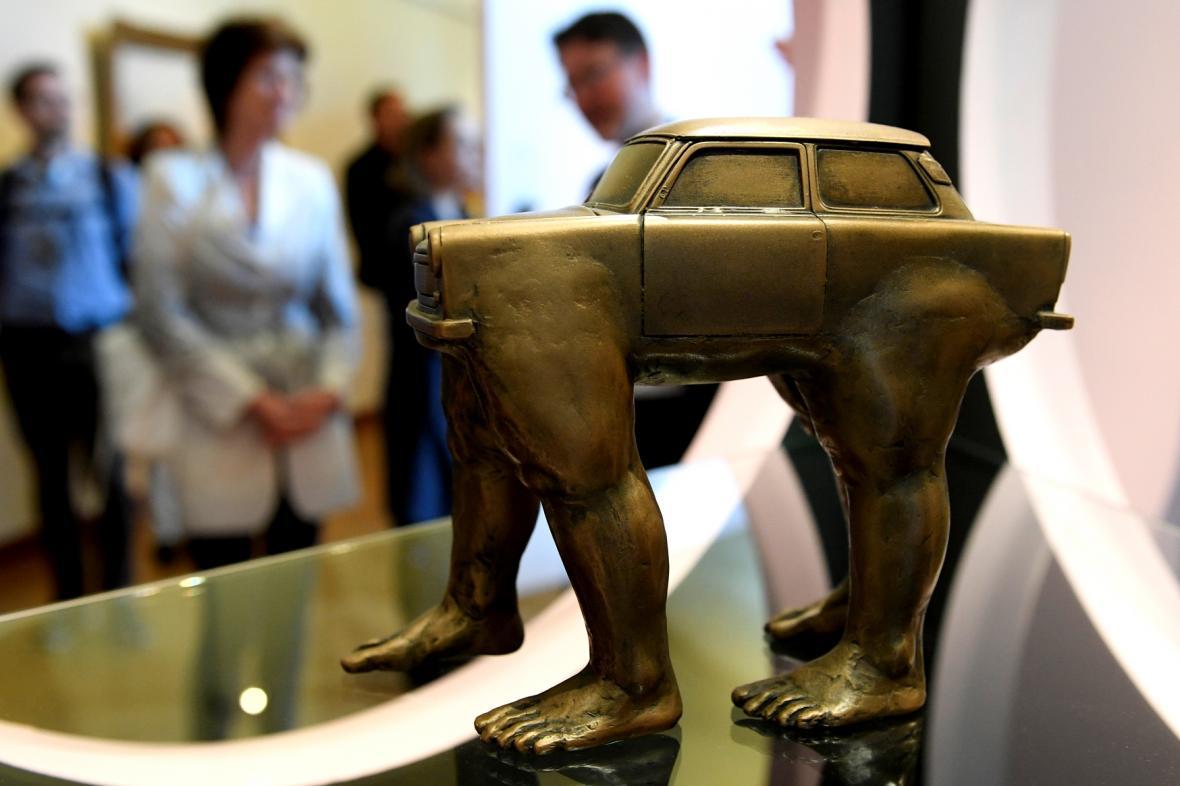 Model sochy Quo Vadis Davida Černého