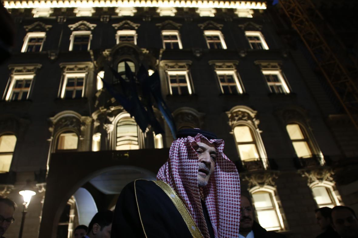 Saudský princ Bin Faisal při otevření centra KAICIID ve Vídni