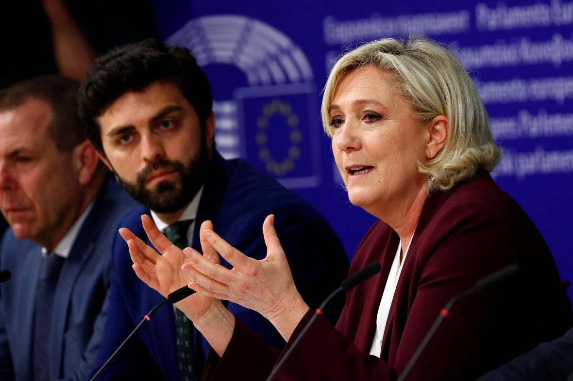 Vilimsky (FPÖ), Zanni (Liga) a Le Penová (Národní sdružení)