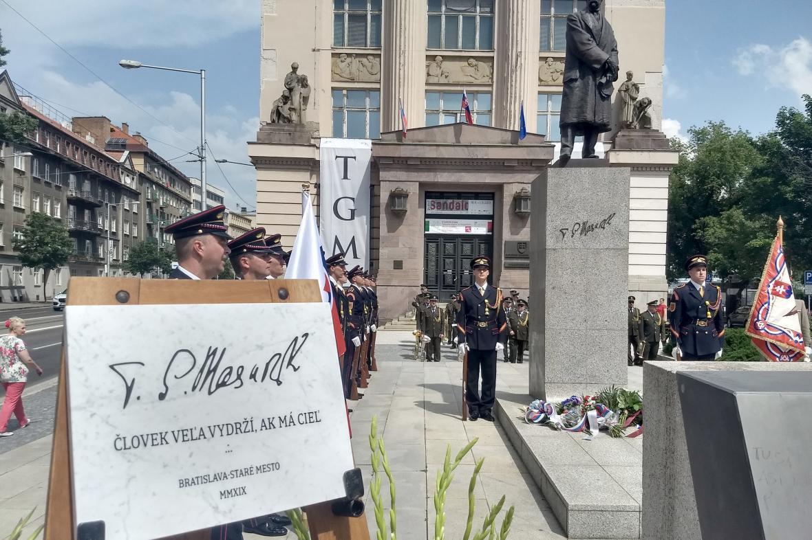 Náměstí T. G. Masaryka v Bratislavě - slavnostní otevření