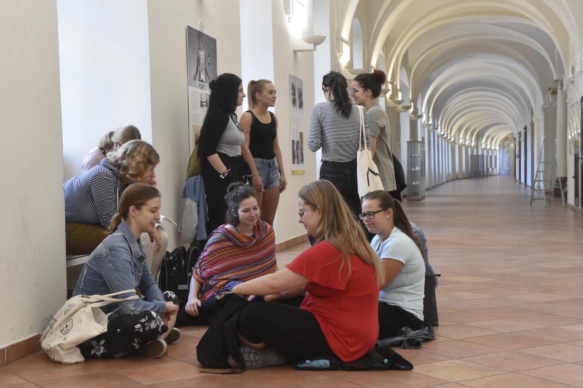 Studenti Univerzity Palackého v Olomouci