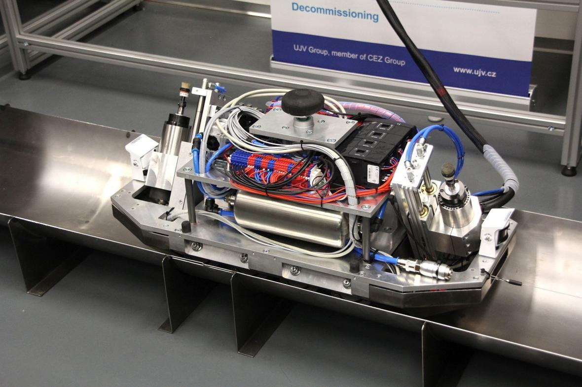 Liberecký robot pro práci v reaktoru