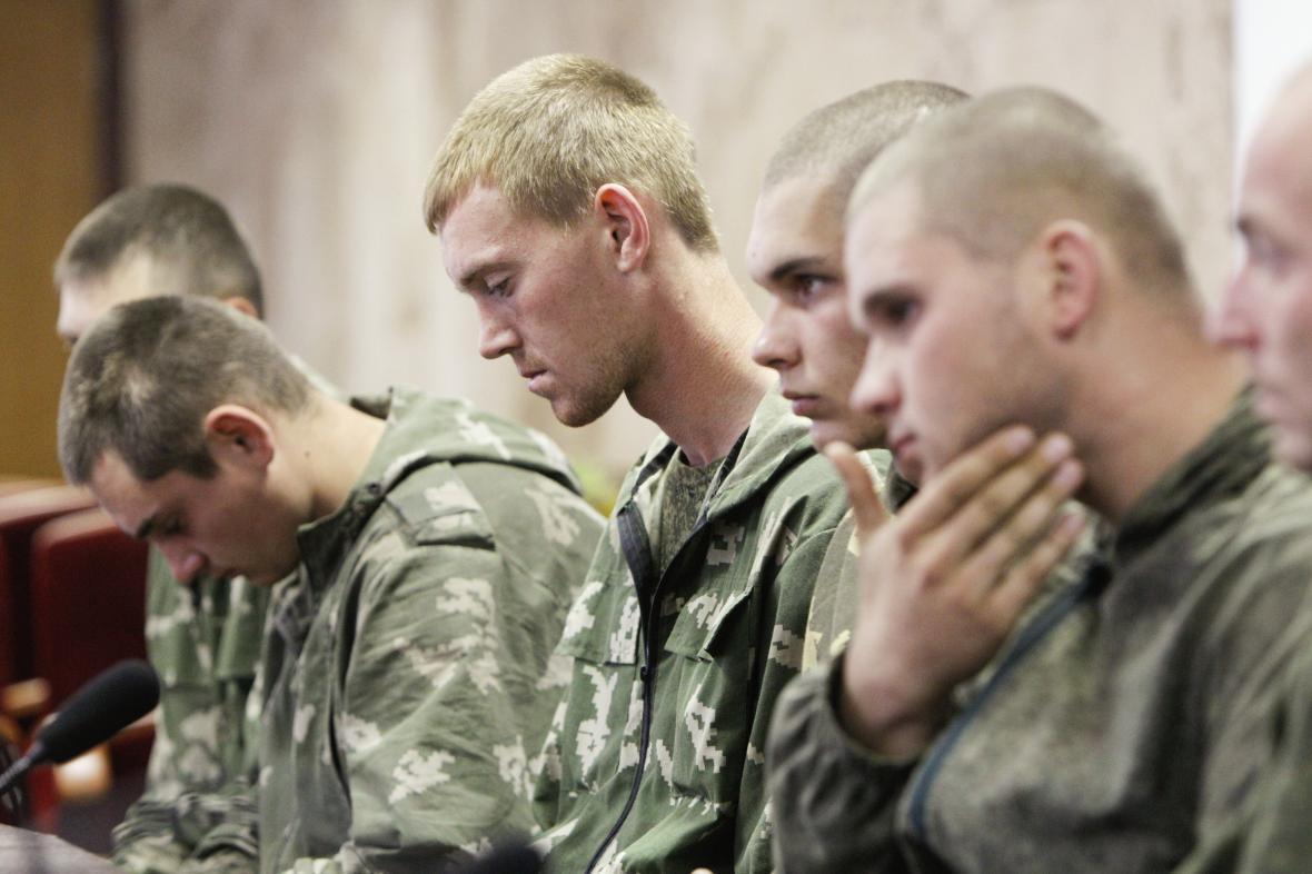 Ruští parašutisté zadržení na Ukrajině v roce 2014