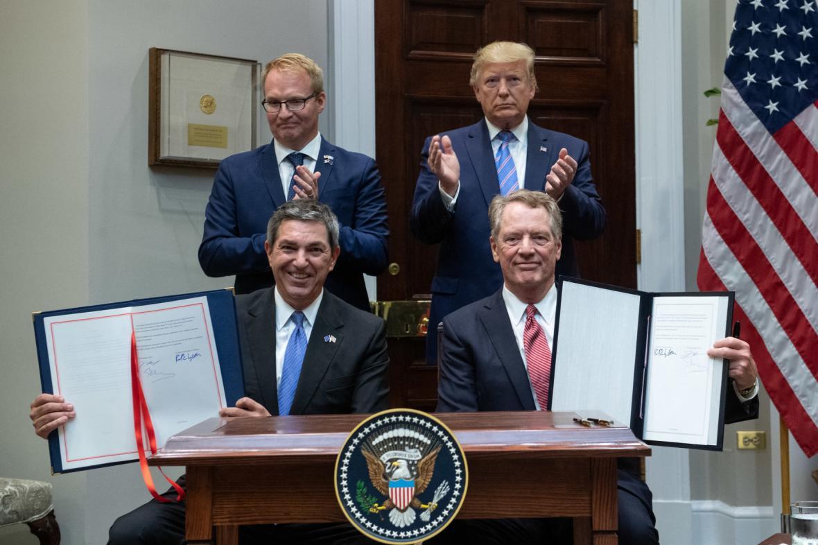 Podpis dohody o bezcelním exportu amerického hovězího do EU