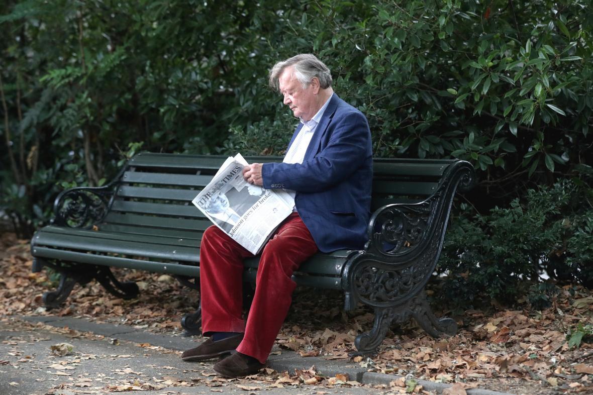Poslanec Kenneth Clarke, který zastupoval konzervativce a od začátku září je nezávislý