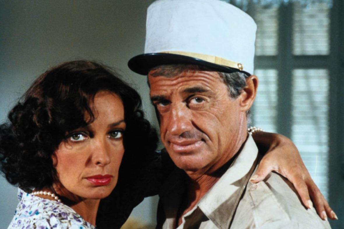 Marie Laforetová a Jean-Paul Belmondo ve filmu Mrchožrouti