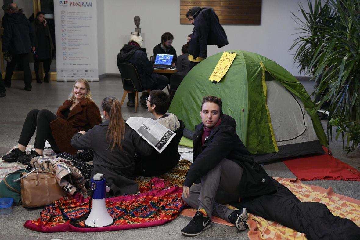 Stávkující studenti v Karolinu