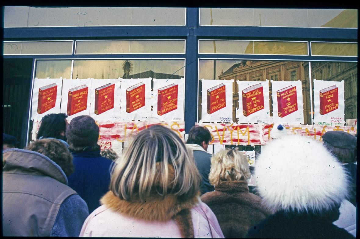 Listopad a prosinec 1989 v Brně