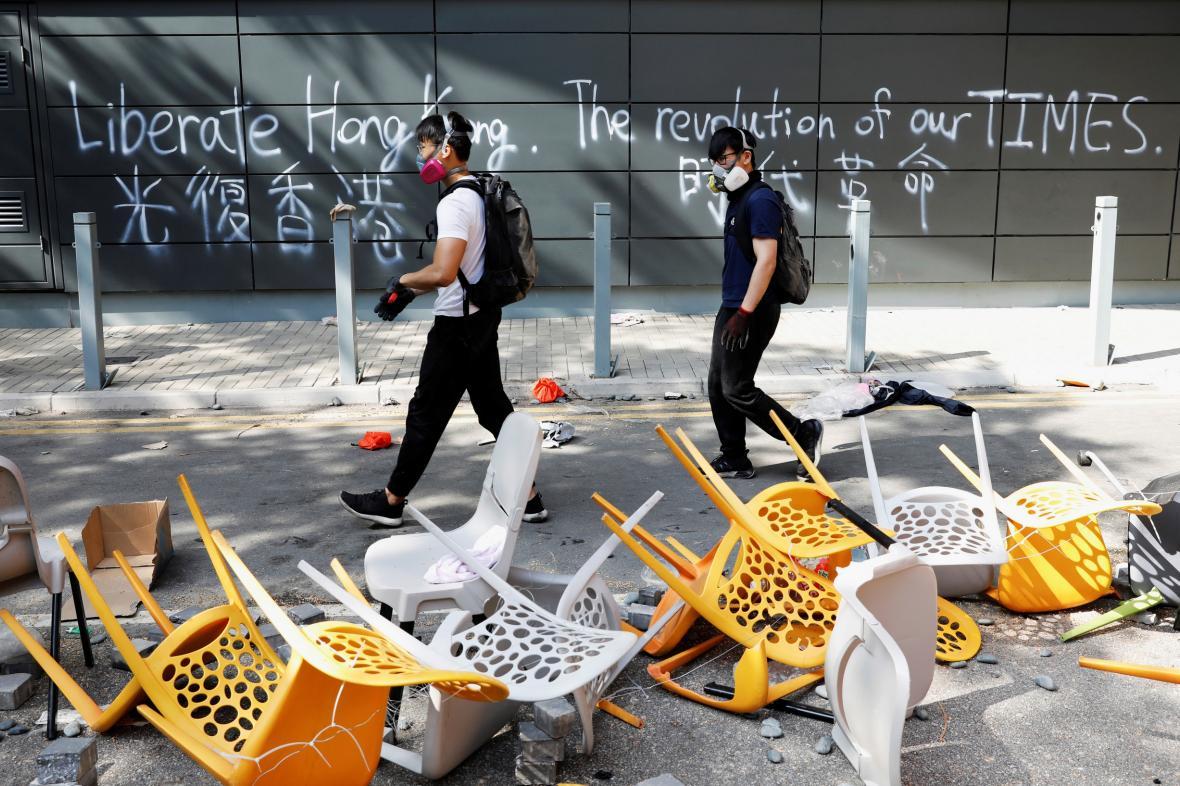 Protestující v kampusu hongkongské polytechniky