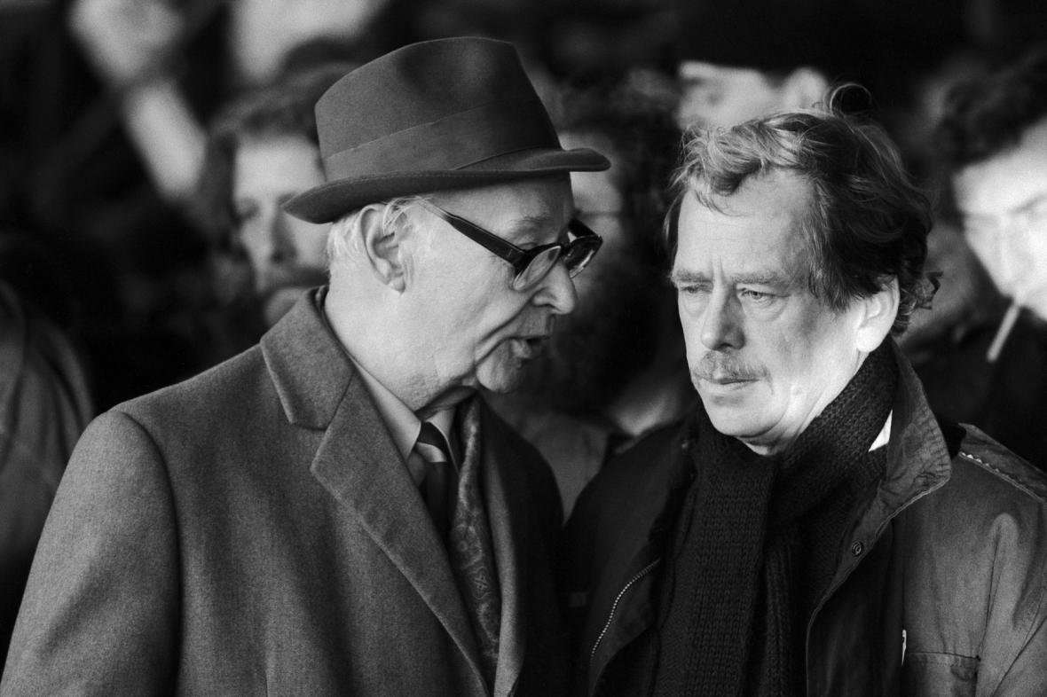 Alexander Dubček a Václav Havel na Letné