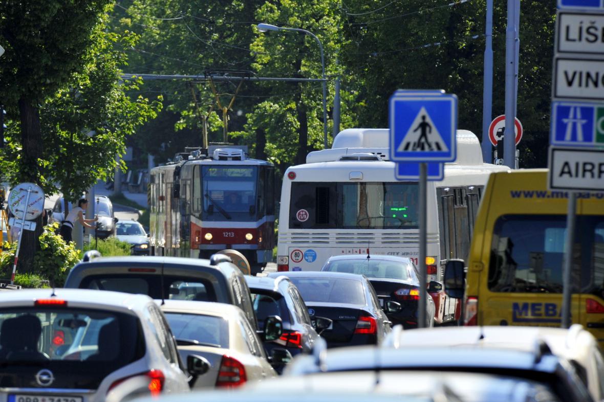 V květnu kolabovala doprava v Táborské ulici