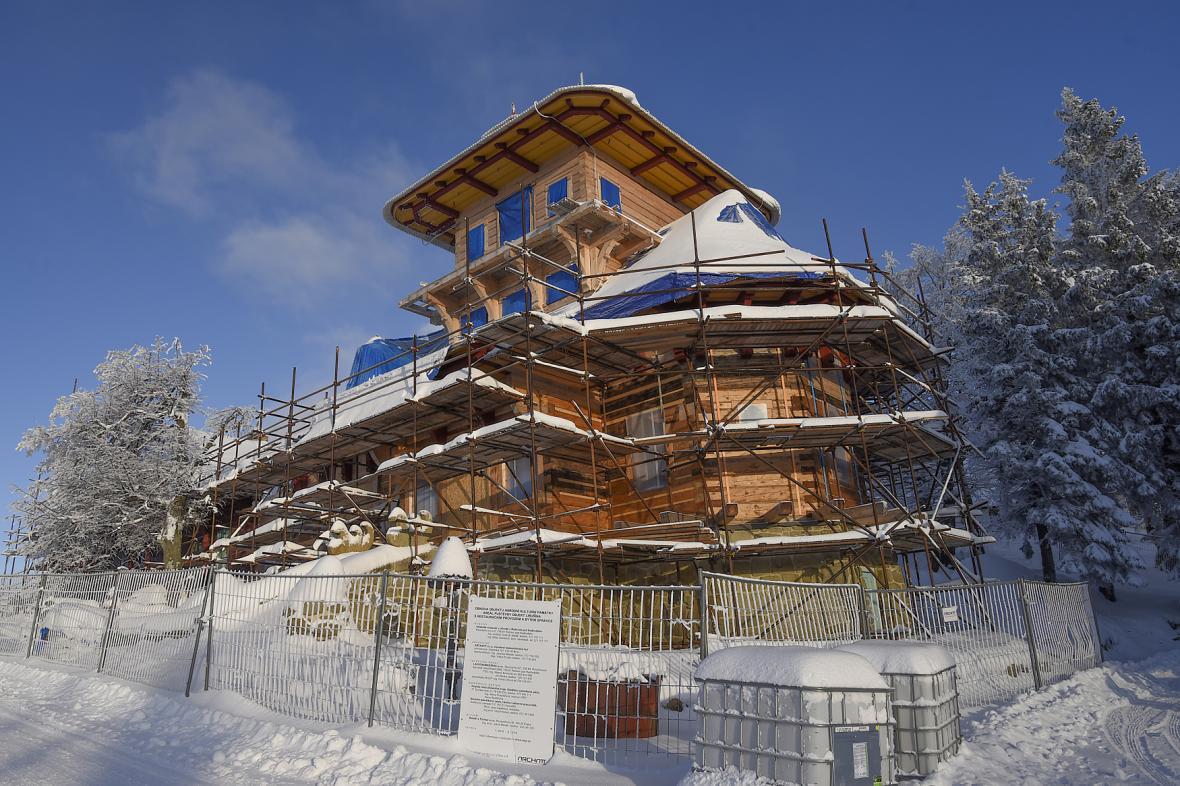 Rekonstruovaná chata Libušín