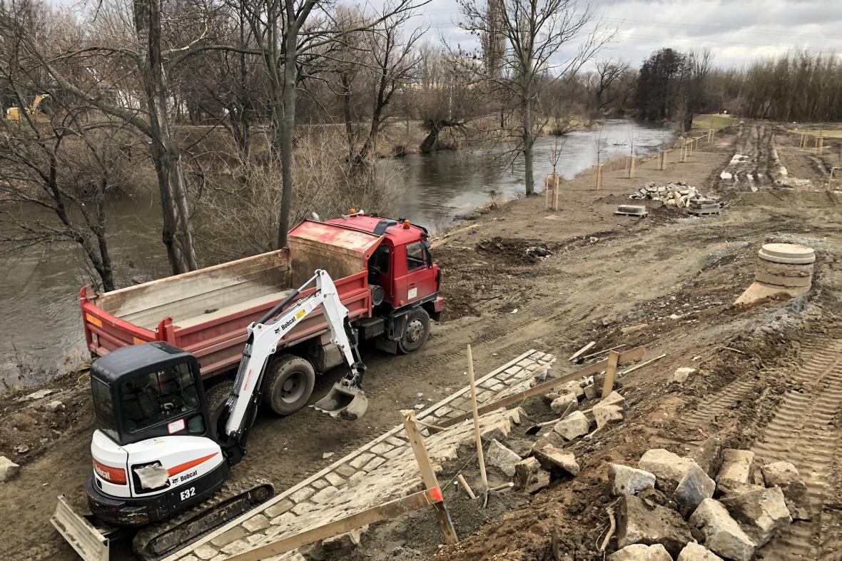 Okolo brněnských řek se budují protipovodňová opatření