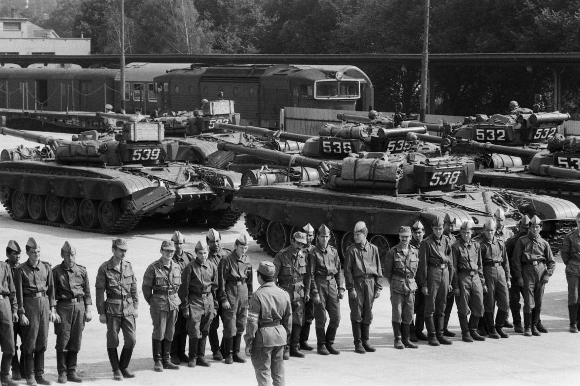 Odsun z vojenské sovětské základny v Milovicích.