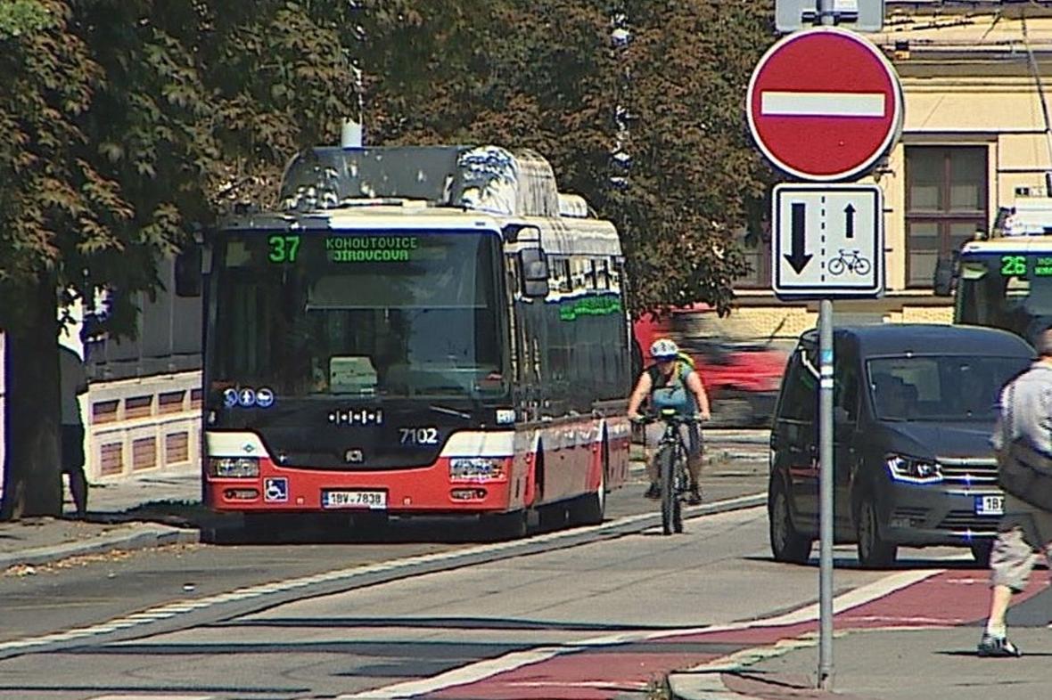 Cykloobousměrka v Brně
