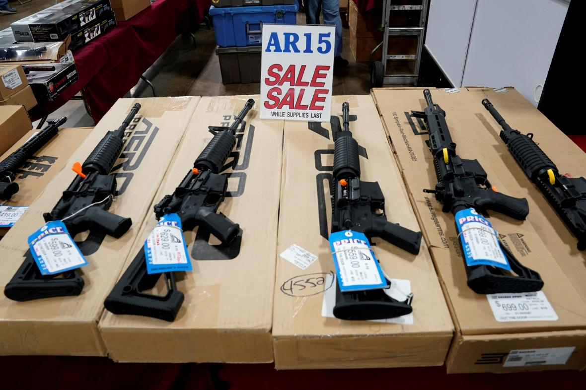 Prodej AR-15 v Pensylvánii