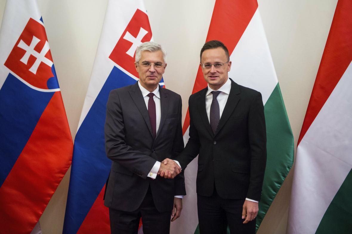 Ivan Korčok (vlevo) a Peter Szijjarto