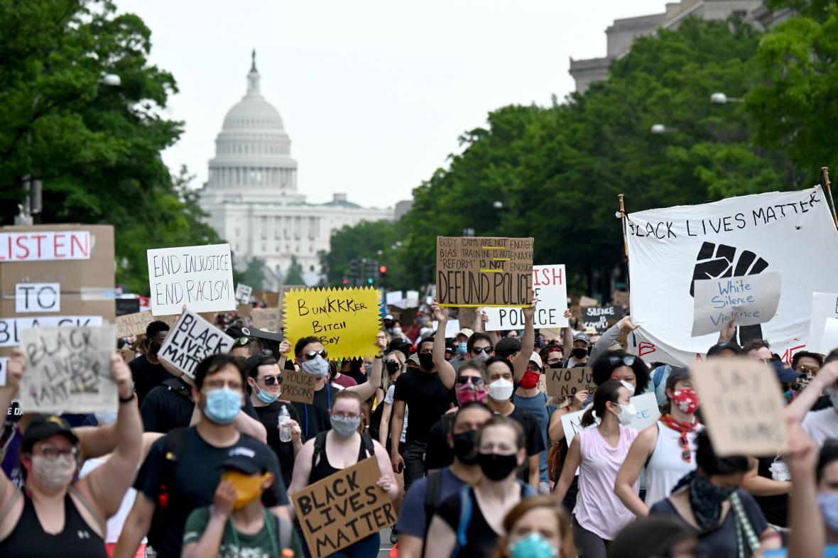 Demonstrace v centru Washingtonu