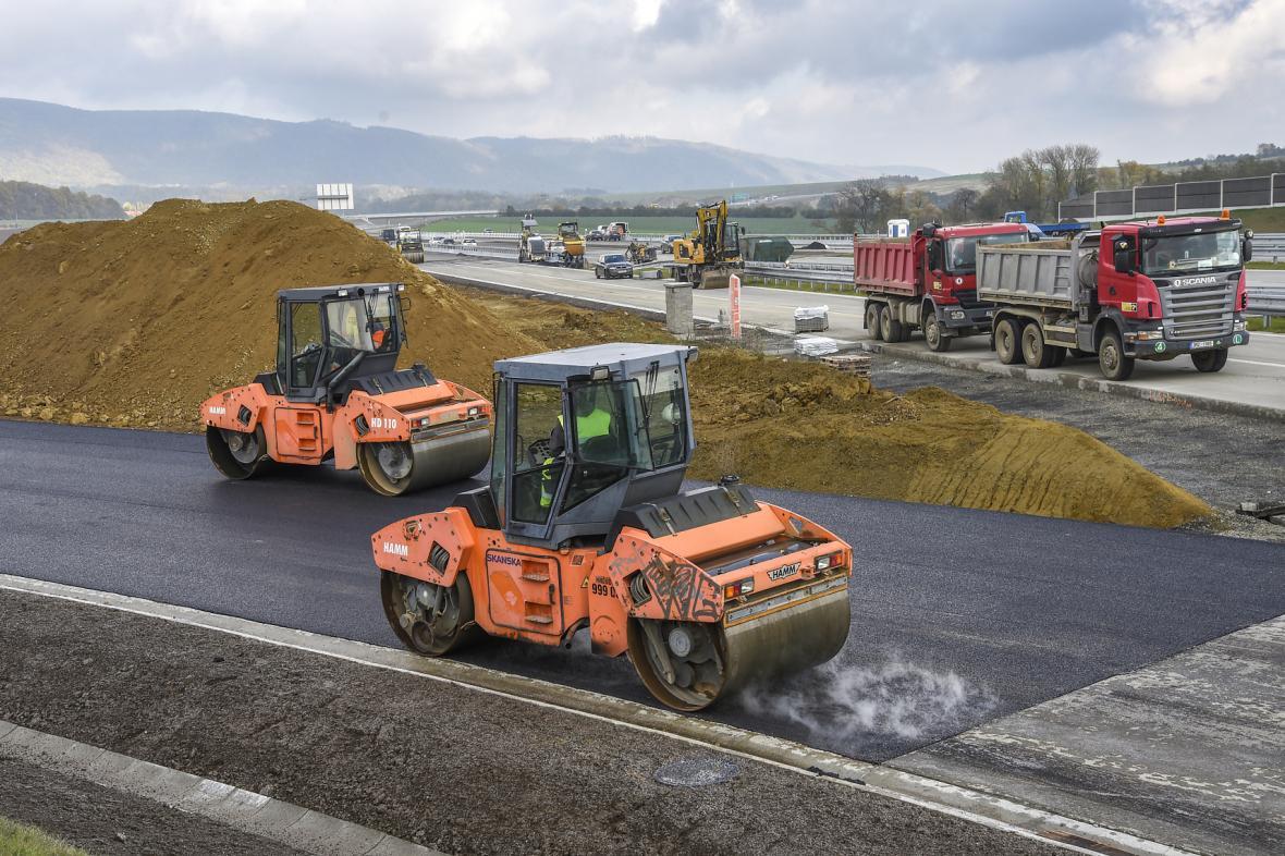 Výstavba dálnice D1