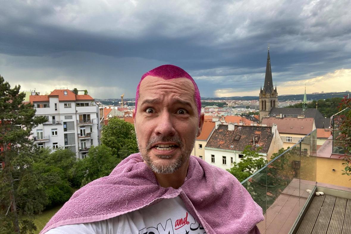 Martin Veselovský si po úspěšné kampani obarvil vlasy