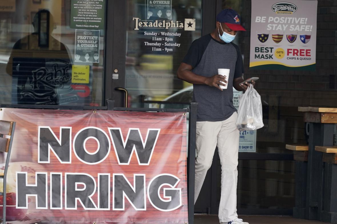 Americký trh práce se rozbíhá. Snímek je z Richardsonu v Texasu
