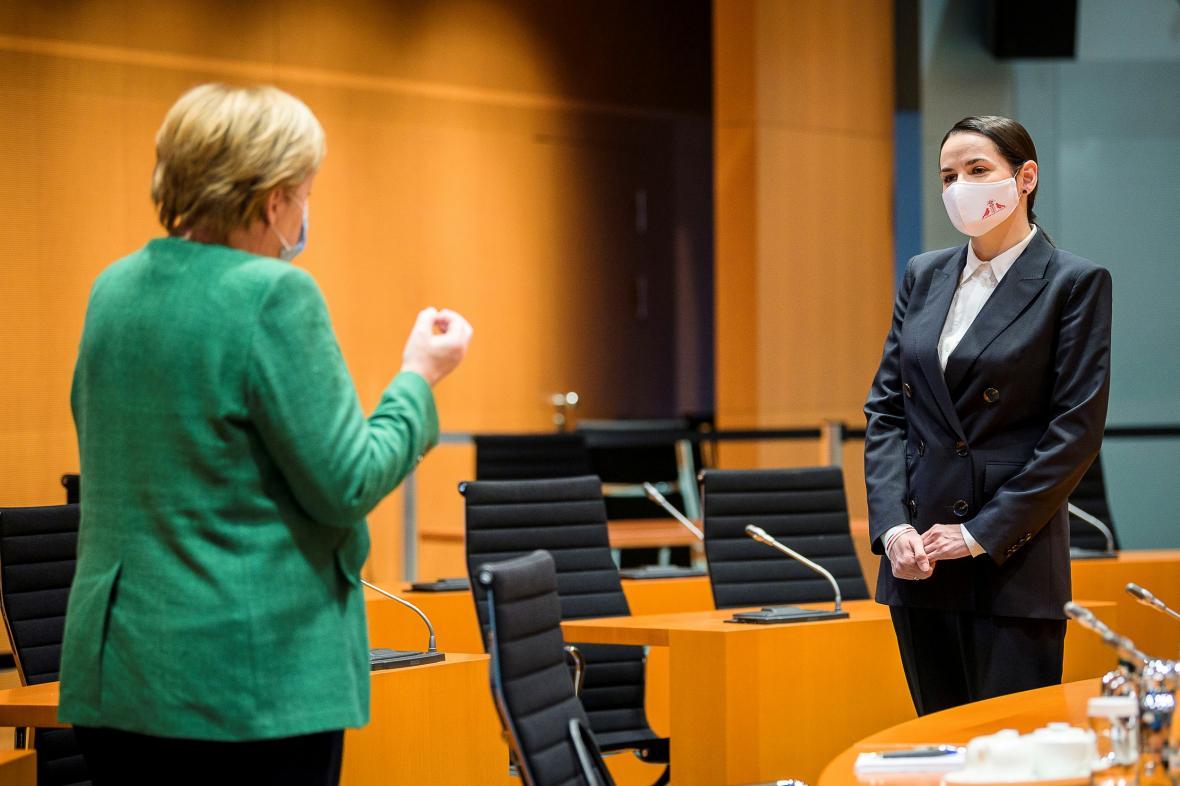 Angela Merkelová se Svjatlanou Cichanouskou