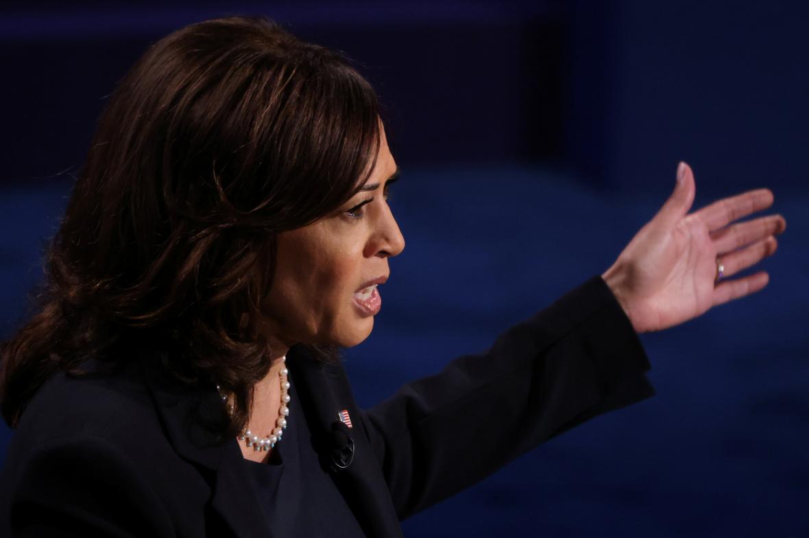 Kamala Harrisová v debatě kandidátů na viceprezidenta
