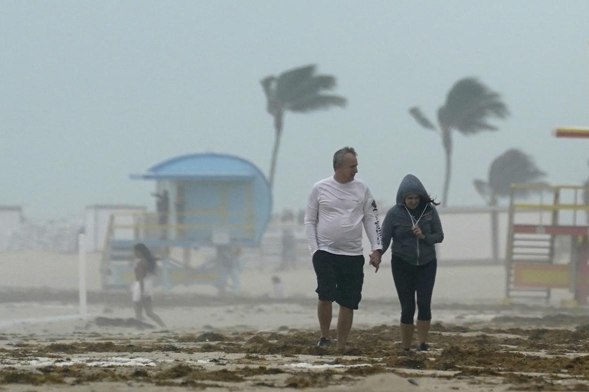 Bouře Eta řádí na Miami Beach